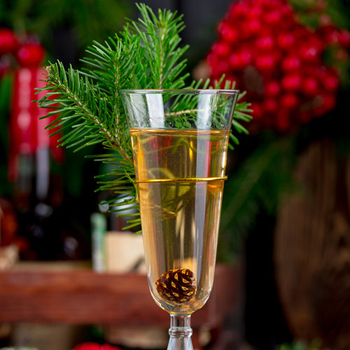 Шампанское с шишкой